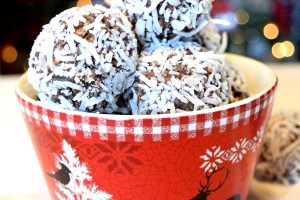 Traditional Newfoundland No Bake Snowballs
