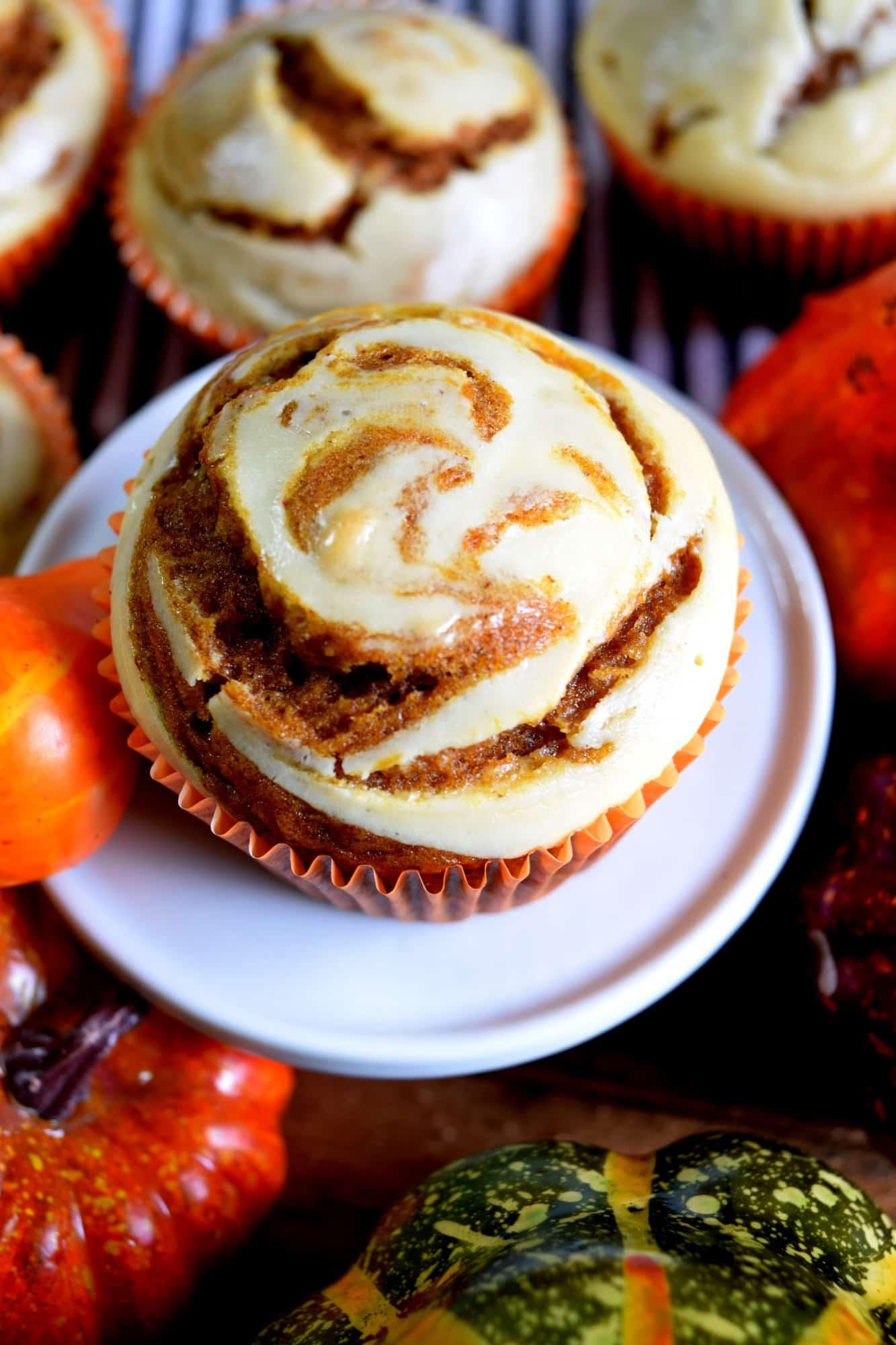 Pumpkin Spice Cream Cheese Muffins