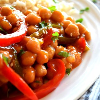 Sweet And Sour Chickpeas With Peppers