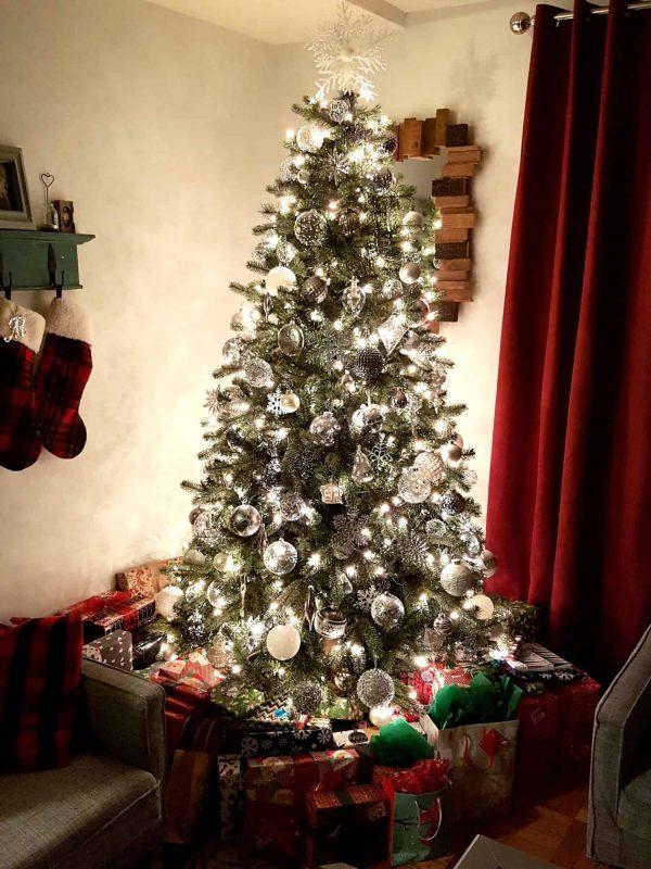 christmas-tree-on-christmas-eve