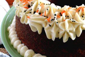 Frosted Pumpkin Puree Bundt Cake