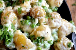 Parmesan Garlic Potatoes And Peas