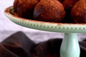 No Bake Coconut Peanut Butter Oatmeal Balls