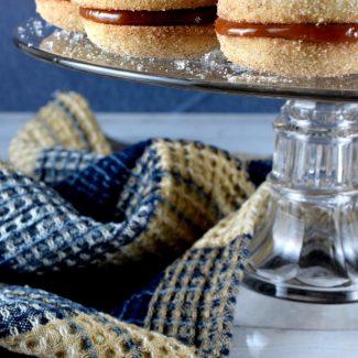 Cinnamon Sugar Dulce De Leche Sandwich Cookies
