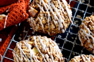 Pumpkin Spice Maple Glazed Apple Pie Cookies