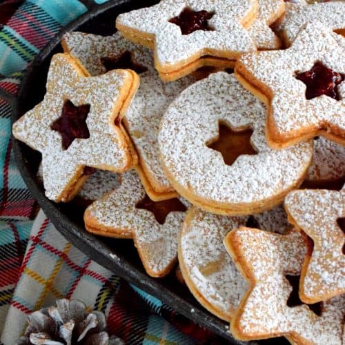 Traditional Christmas Linzer Cookies