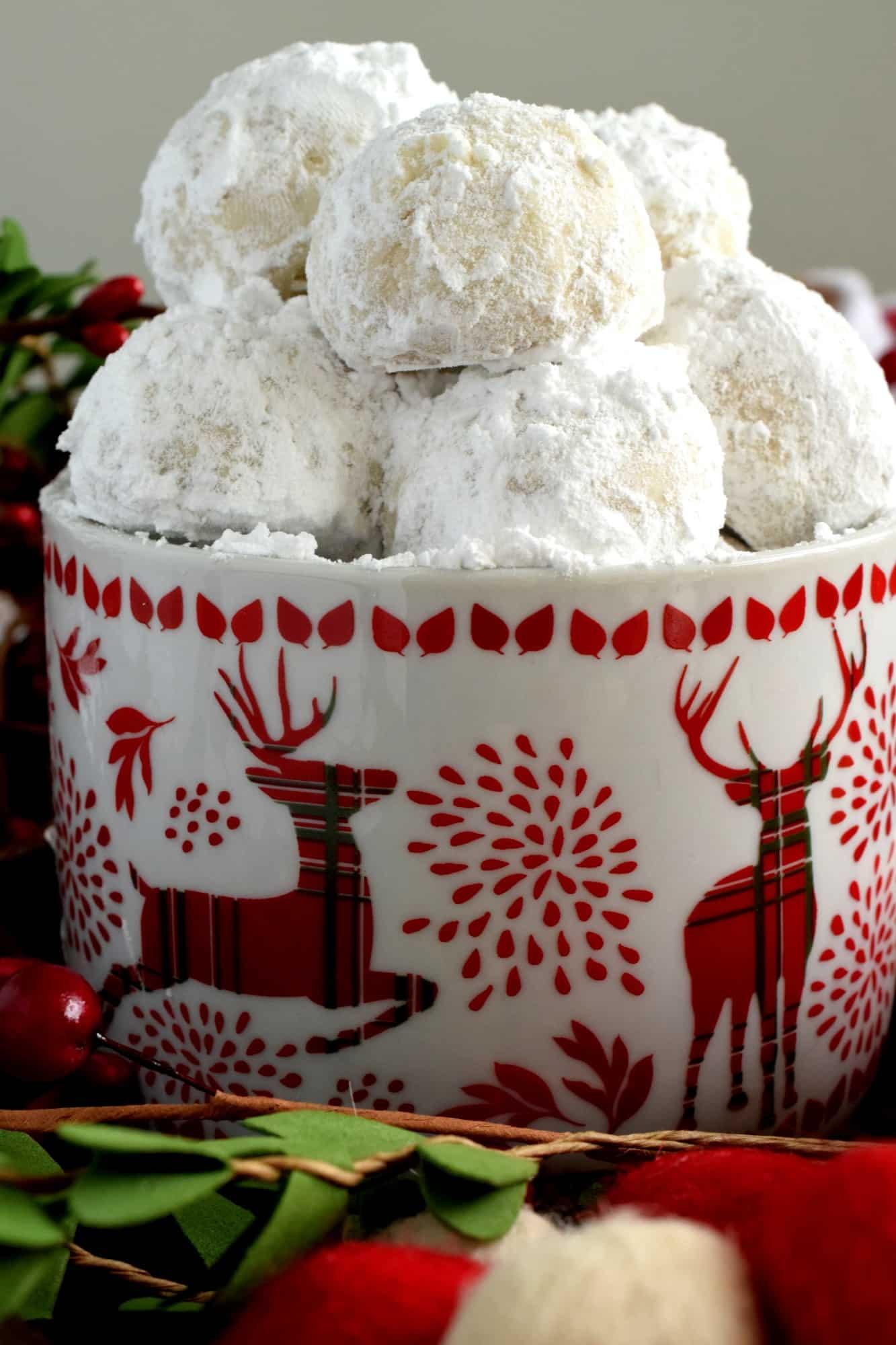 Russian Christmas Tea Cakes