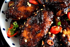 Spicy Balsamic Glazed Chicken Wings