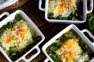 Baked Asparagus With Eggs And Parmesan
