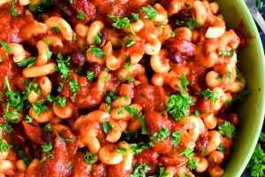 Cheesy Bean Chili With Pasta