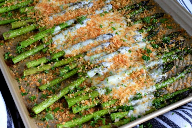 Roasted Mozzarella Asparagus