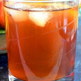 Sweetened Peach Iced Tea