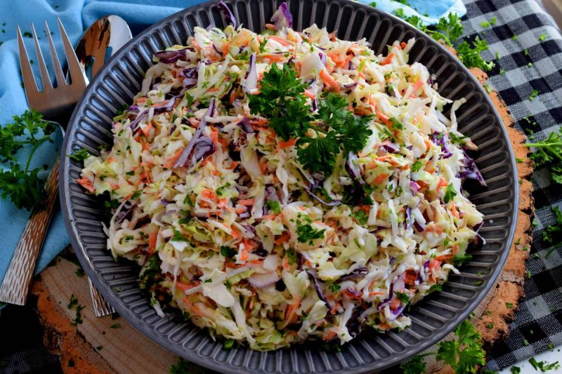 Home Style Creamy Coleslaw - A great tasting Home Style Creamy Coleslaw consists of simple ingredients, no fuss, and lots of crispy, crunchy vegetables. #coleslaw #homemade #creamy #salad