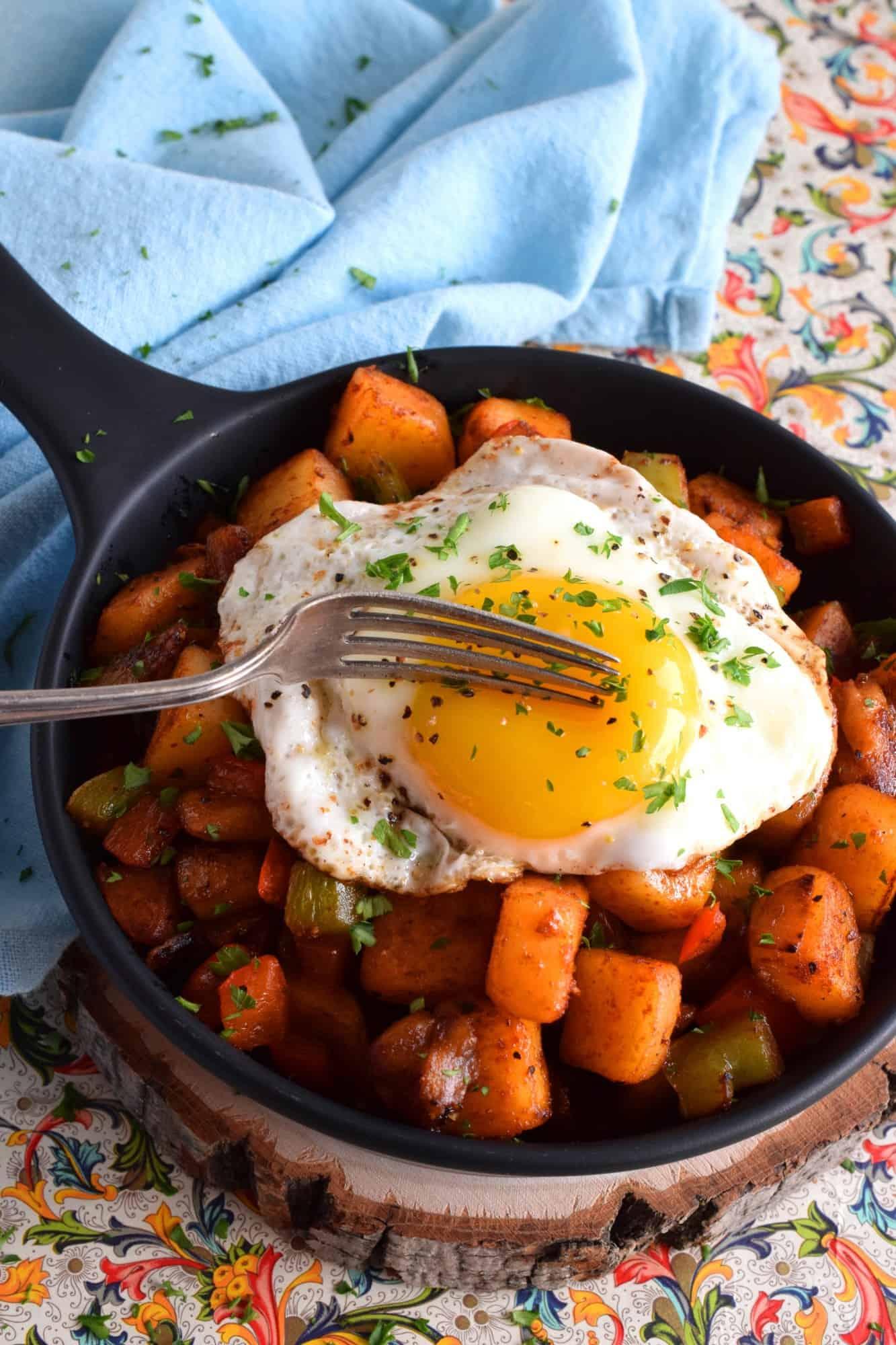 Potato And Bell Pepper Breakfast Hash