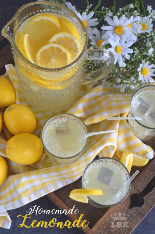 There's nothing like the taste of perfectly sweet and tart homemade lemonade on a hot summer day. This recipe has only three ingredients and will take you back to the summers of your childhood.#homemade #lemon #juice #lemonade #stand #summer #drink