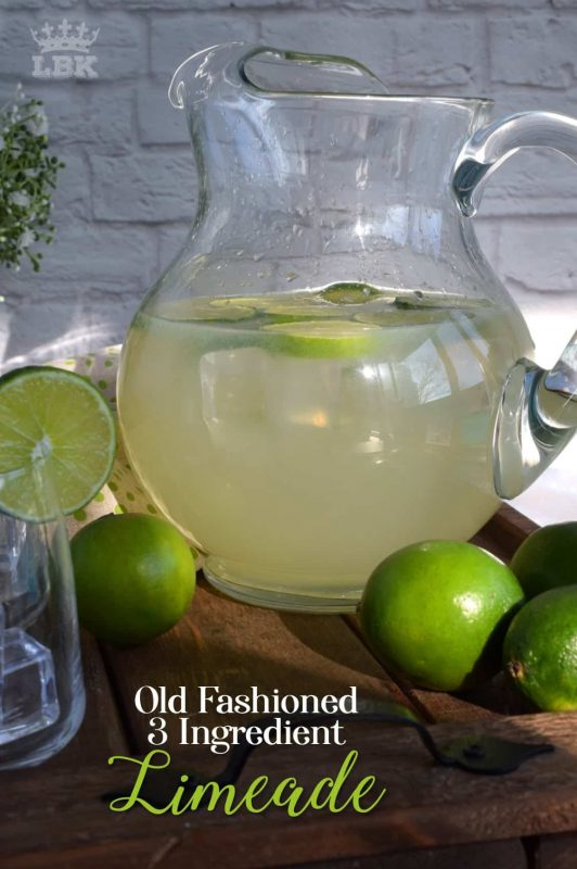 If you enjoy the tart and bitter taste of lime, then you'll love my Old Fashioned Limeade made with just 3 ingredients! Perfectly sweetened and just the right amount of pucker! #juice #lime #limeade #fresh #squeezed #oldfashioned #summer #nonalcoholic
