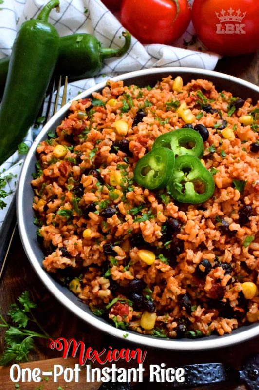 Toss everything into one pot, stir to combine, and let it go. Mexican One Pot Instant Rice is just that easy! It's a fast side dish that's perfect served hot or at room temperature! #mexican #rice #side #dish #vegetarian #instant #burrito #filling