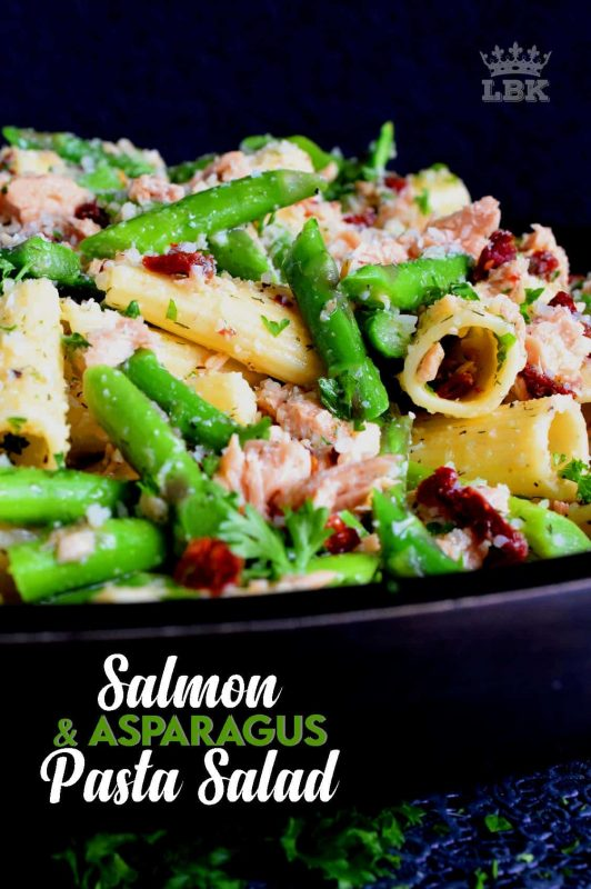 Served warm or hot, Salmon and Asparagus Pasta Salad is a complete meal with so much flavour and texture!#canned #salmon #asparagus #salad #costco
