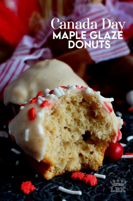 Canadians are known for maple, so to celebrate Canada Day, these mini muffins have maple in the batter and in the glaze too!#mini #muffins #canada #day #maple #syrup