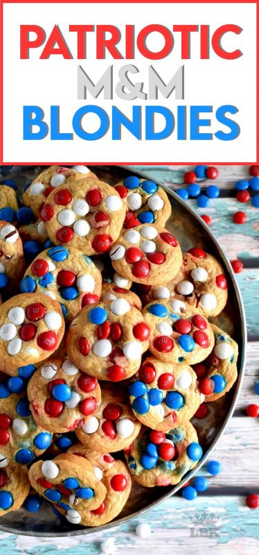 With combinations of red, white, and blue candy, we can celebrate both Canada Day and Independence Day with these Patriotic M&M Blondies!#patriotic #4thofjuly #july4th #independenceday #food #recipes #redwhite&blue #redwhiteandblue #blondies #brownies #cookies #M&Ms