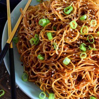 Garlic Sesame Lo Mein