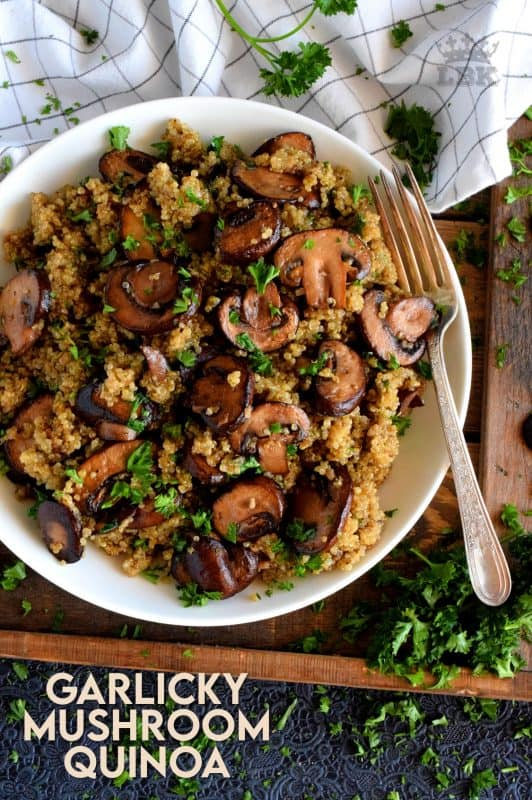 Garlicky Mushroom Quinoa is simple.  It's meaty cremini mushrooms which have been pan-fried in lots of garlic and butter.  It's then combined with cooked quinoa for a very healthy side or main! #garlic #quinoa #vegetarian #mushrooms #healthysides #sidedishes