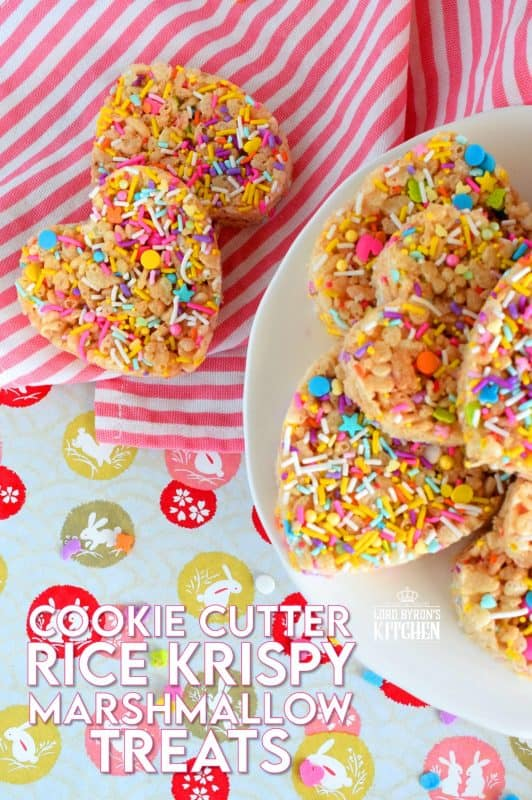 Cookie Cutter Rice Krispy Treats are an easy way to make your own Easter treats at home! Flatten the mixture, refrigerate to firm, and cut with your favourite cookie cutters! #ricekrispytreats #marshmallowtreats #cookiecutters #marshmallow #easter #eastertreats #sprinkles