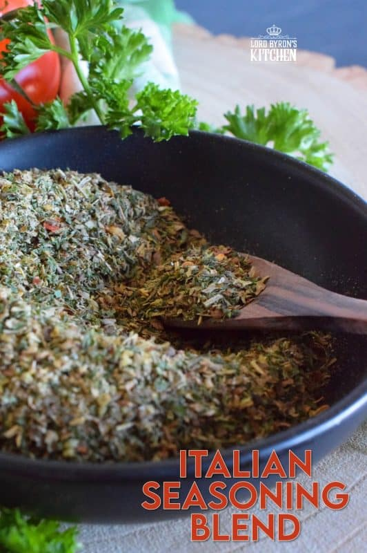 Homemade seasoning blends are the best! All you need is your spice rack and a few minutes to make your own version of the popular Italian Seasoning Blend. It will open up lots of recipe possibilities and save you money too! Prepared with what most of us have in our spice racks already, this blend will keep in your pantry for months! #italian #italianseasoning #spices #seasoningblends #spiceblends