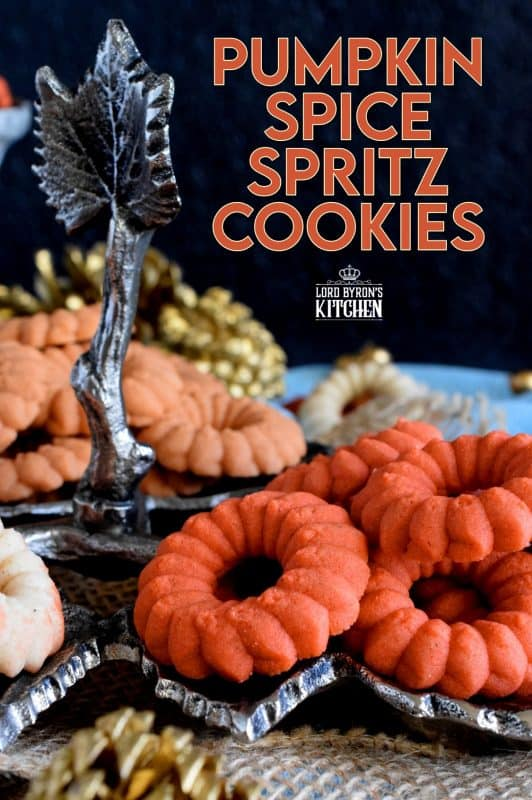Spritz cookies are a classic and will bring a smile to everyone's face - especially if that cookie is flavoured with pumpkin spice and looks this pretty! #pumpkinspice #pumpkin #cookies #spritz #press #orange #thanksgiving