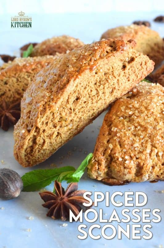 These scones are light and fluffy despite the quite noticeable flavour of the molasses and the plethora of familiar fall spices. With a warming combination of cinnamon, nutmeg, ginger, allspice, and a touch of anise, Spiced Molasses Scones are sure to wake up your taste buds! #scones #molasses #autumn #fall #spiced #baking