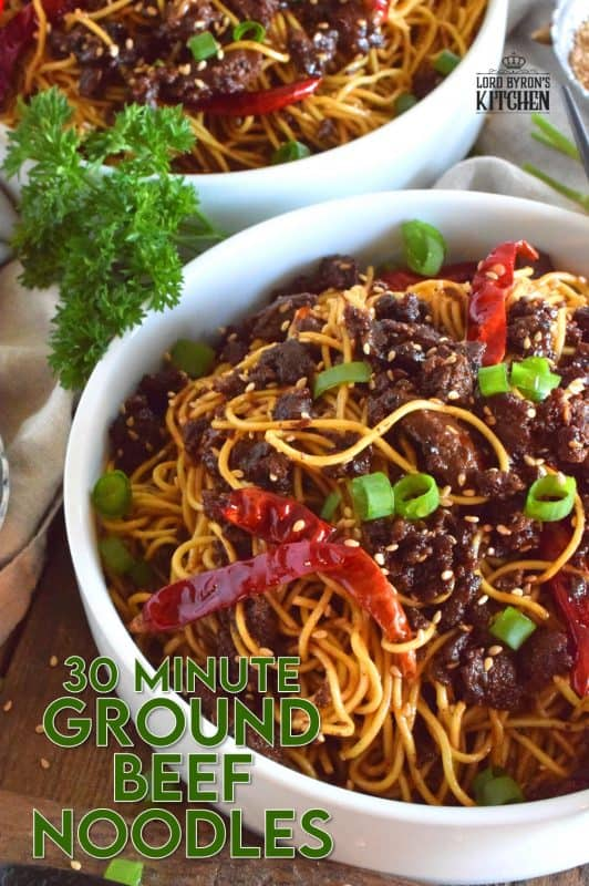 This recipe combines noodles with savoury, fried ground beef and optional chilies, in a deliciously salty, garlicky, and sweet sauce. 30 Minute Ground Beef Noodles are a quick and inexpensive meal for the whole family! #groundbeef #noodles #chowmein #asianinspired #familymeals